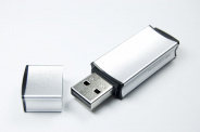 Флеш накопитель USB 2.0 Goodram Edge UEG2, металл, серебристый, 128Gb